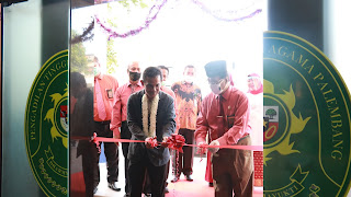 Sekretaris ditjen Badilag Resmikan Ruang PTSP PTA Palembang