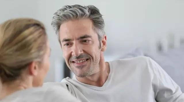 10 Tanda Anda Memiliki Suami Terbaik di Dunia