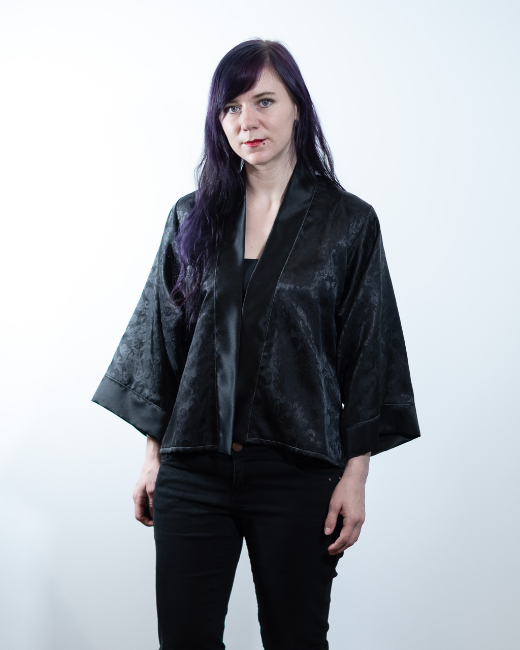 Minn's Things Suki Robe Sewing pattern Helen's Closet Hacked Short Satin Fabric