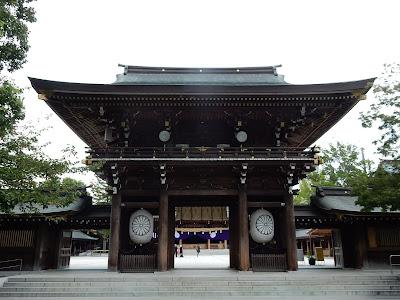 寒川神社楼門