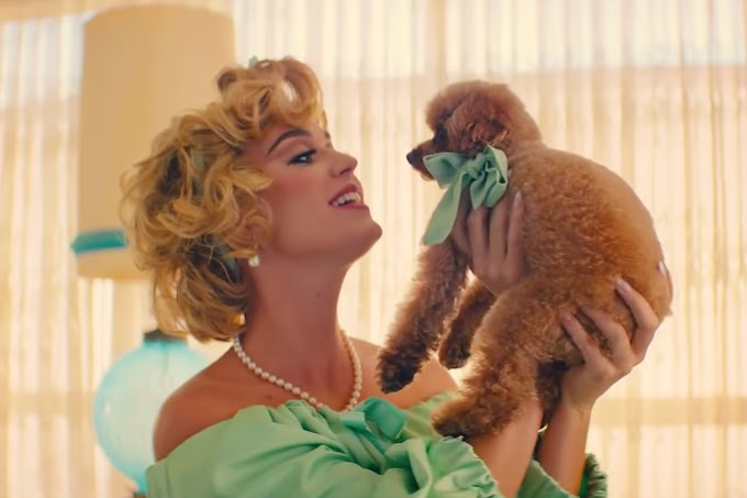 Video: Katy Perry - Small Talk