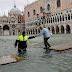 Венеция надеется, что после наводнения туристы вернутся