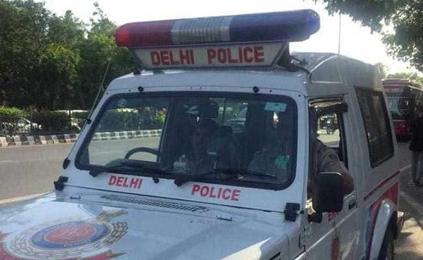 Delhi Man Kills Friend To Marry His Wife, Arrested, New Delhi, News, Local-News, Murder, Crime, Criminal Case, Police, Arrested, Dead Body, Railway Track, National