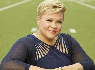 American sports reporter, Holly Rowe