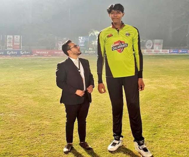 ये हैं दुनिया के 7 सबसे लंबे गेंदबाज, जिनके आगे बौने लगते हैं बल्लेबाज, न० 8 की लंबाई 7 फीट 6 इंच