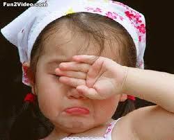 foto bayi menangis perempuan