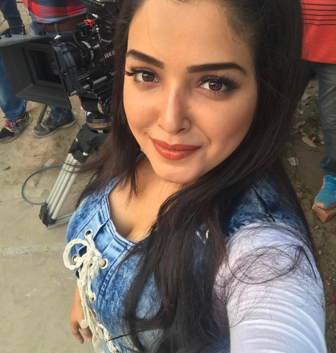 Amrapali Dubey Cleavage Photos Hot - Actress World-7829
