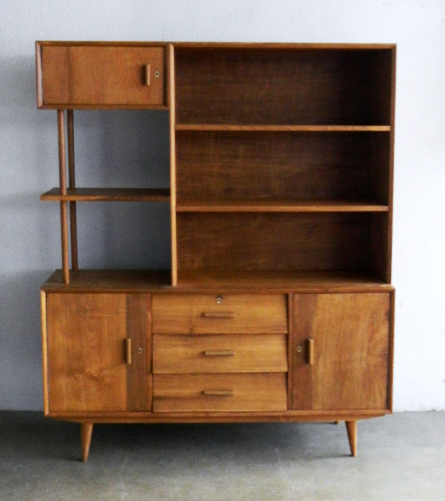 MID CENTURY MODERN FURNITURE: SIMPLICITY IS THE NAME OF ...