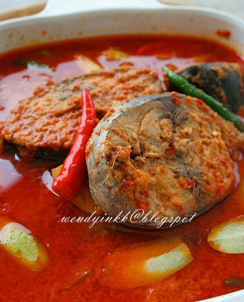 kitchen breakfast table smoke extractor for 2.... or more: tuna curry ~ gulai ikan tongkol ...