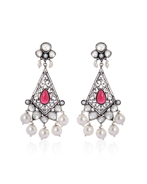 Ethnic Earrings in Oxidized Silver and Pearls by Anaqa