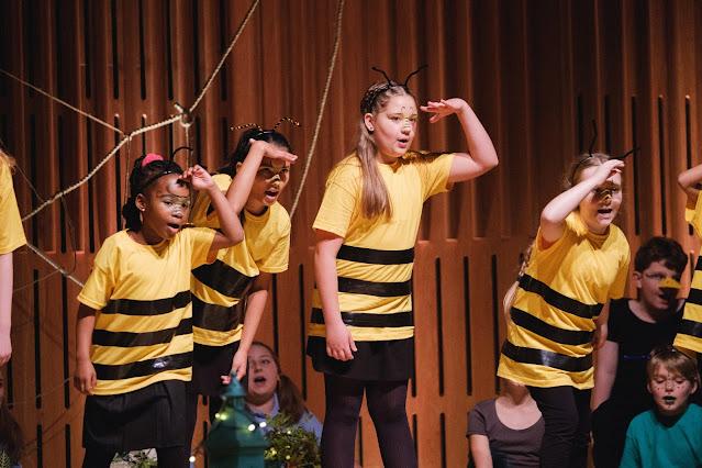 Opera North Children's Chorus perform The Spiders' Revenge (Photo Tom Arber)