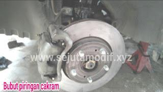 bubut piringan cakram (disc brake) penyebab bergelombang