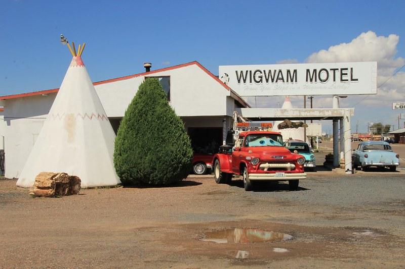 rt 66, wigwam hotel, the wigwam, teepee motel, teepee hotels, teepee hotel, tee pee motel, wigwam village, wigwam village california, wigwam teepee motel