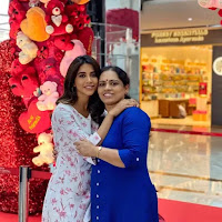 nabha natesh with here mother
