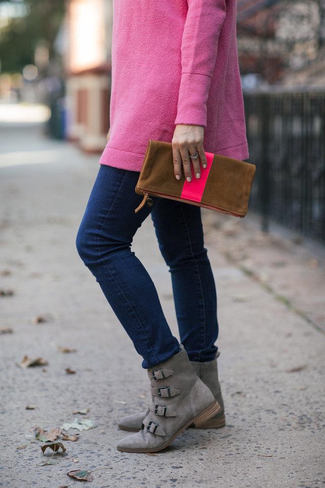 clare v pink stripe clutch