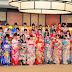 Anggota grup idola AKB48 mengikuti upacara Seijin Shiki 2017