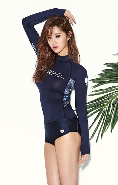 SNSD Yuri Barrel Swimwear