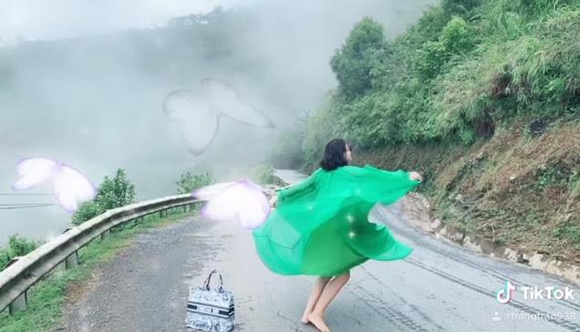Trang Trần múa tiên nữ sơn cước, người xem thót tim vì xém 'lộ hàng'