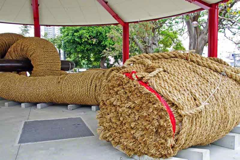 close-up view, cross section of tug-o-war rope