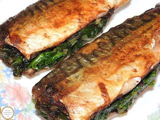 Macrou umplut cu spanac reteta traditionala pescareasca dobrogeana retete culinare de casa mancaruri rapide cu peste prajit si legume la tigaie,