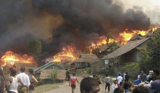 Pembakaran Ribuan Rumah Muslim Rohingya, Kekerasan Paling Mematikan di Rakhine