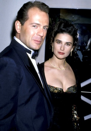 Foto de Demi Moore muy elegante junto a Bruce Willis