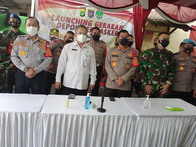Polres Launching Gerakan Depok Bermasker