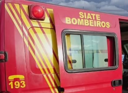 Carros se envolve em engavetamento no Centro de Toledo