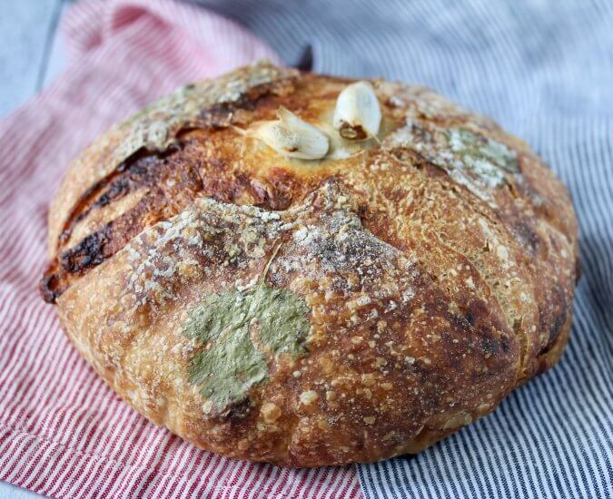 Garlic and Cheese pain de campagne
