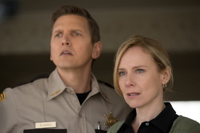 Barry Pepper and Amy Ryan in Monster Trucks (6)