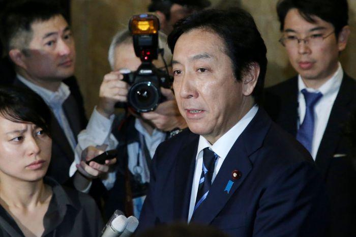 Menteri Perdagangan Jepang Undurkan Diri Karena Melon Dan Kepiting