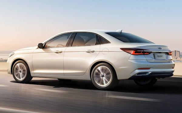 Novo Ford Esport 2021 de nova geração: fotos e detalhes oficiais (China)