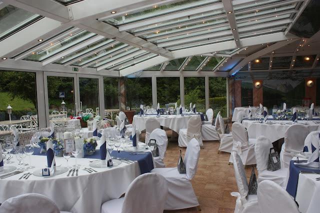 Hochzeit im Sommergarten - Wintergarten - Mafia meets Lederhos´n - Hochzeit im Riessersee Hotel Garmisch-Partenkirchen, Bayern - Wedding in Bavaria, #Riessersee #Garmisch #Hochzeit #wedding #Location #wedding venue #Bayern #Bavaria