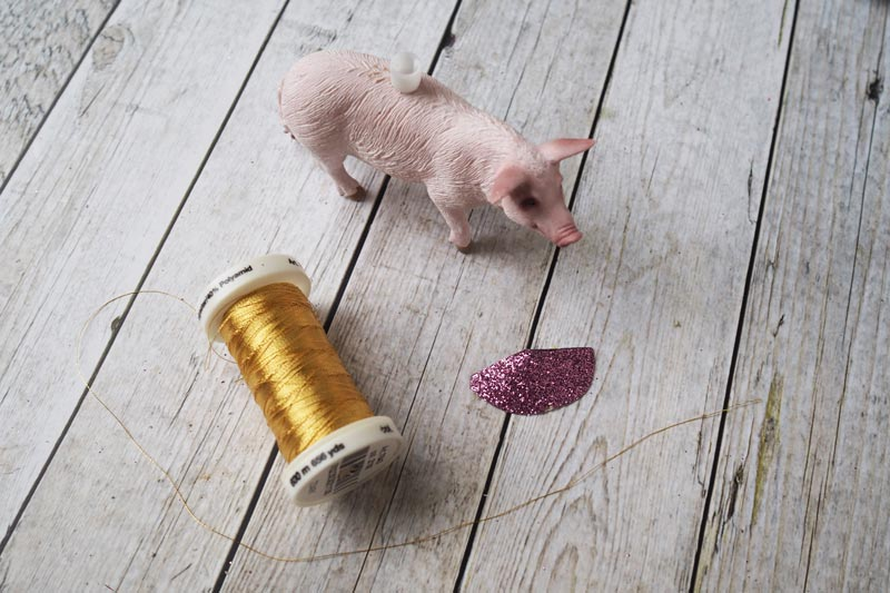 KuneCoco • DIY • Schweine-Kerzenhalter