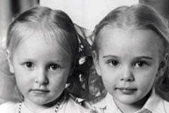 Vladimir Putin daughters. Maria Putina and Yekaterina Putina.