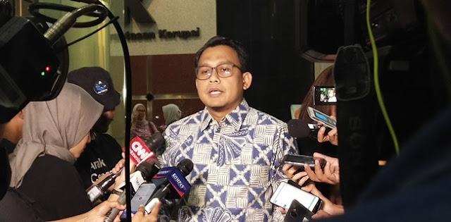 Masih Berlangsung, KPK Geledah Rumah Dinas Edhy Prabowo