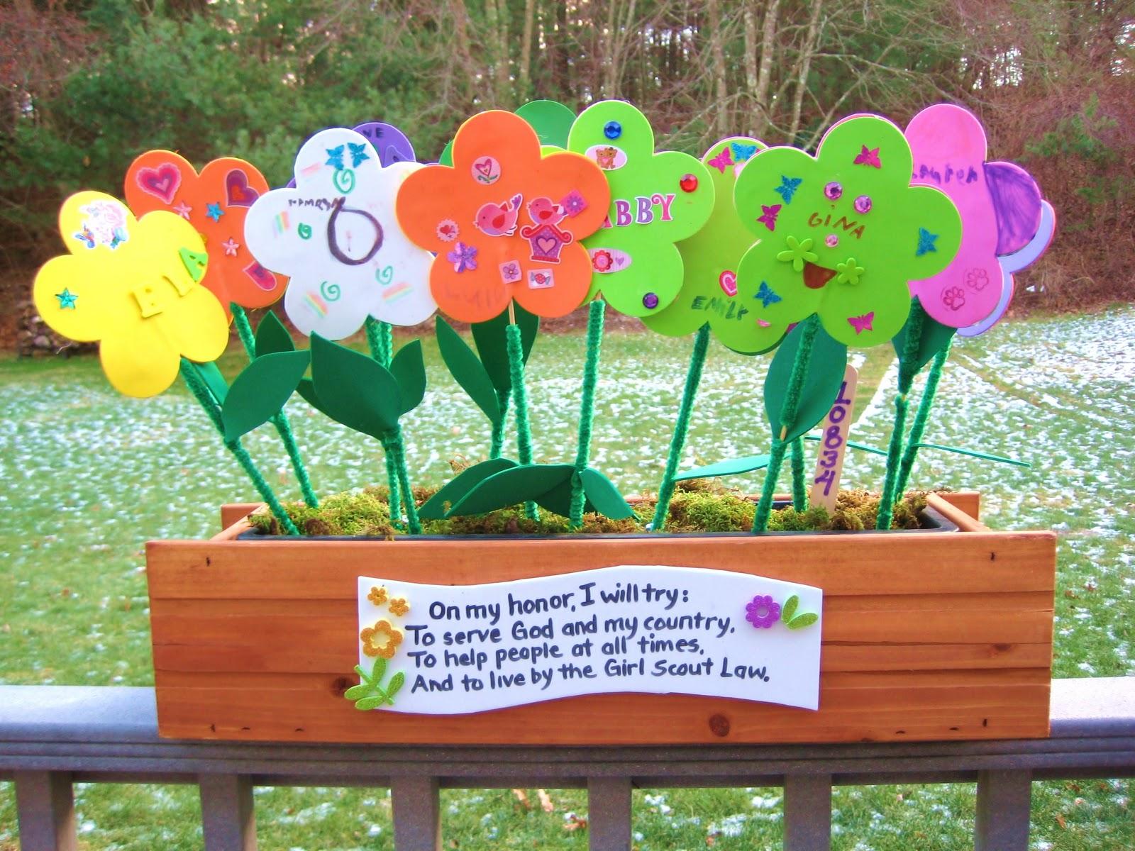 4 crazy kings: girl scouts: daisy flower garden