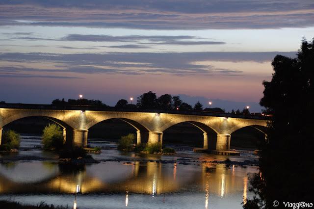 La Loira ed Amboise di sera
