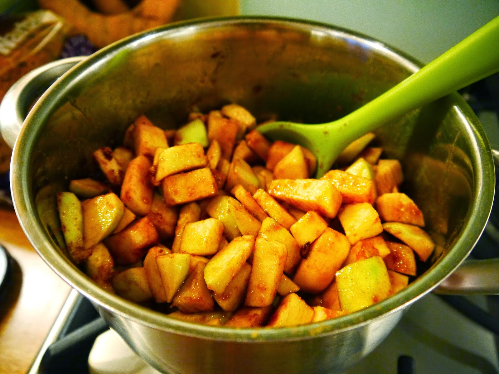 mini bramley apple crumble pie recipe the betty stamp