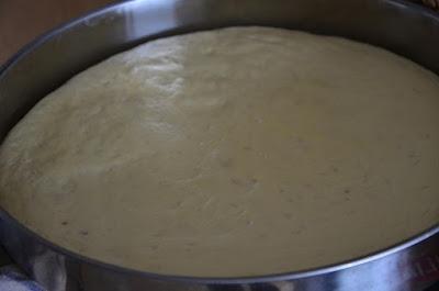 خبز الدار رطب ولا أروع