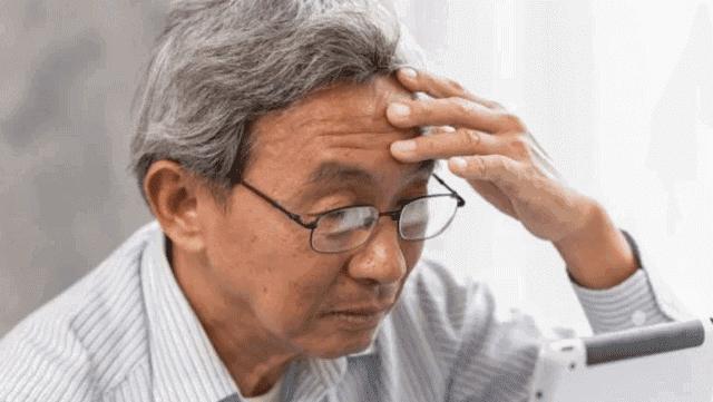 علاج الزهايمر - الأسباب والأعراض والتشخيص