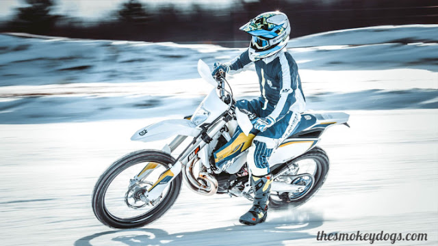 ice,ice riding,riding,dirt bike on ice,riding on ice,atv on ice,sliding on ice,riding on black ice,ice racing,riding in the ice,slid on ice,on,on ice,riding up a frozen river - slipped and fell on ice,quad on ice,stunt riding,harley davidson on ice,on the ice,fell on ice,kx450 on ice,harley on ice,driving on frozen lake,motorcycle,driving on frozen river,ice fail,ice block riding