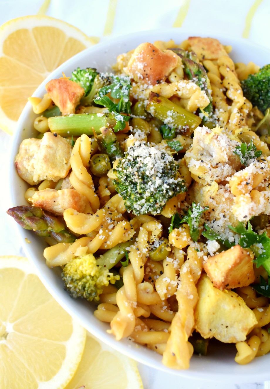 Healthy Lemon Chicken Pasta