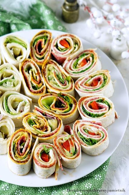 tortilla, sylwester, karnawał, przyjecie, impreza, roladki, przekaska, szynka, ser, bernika, kulinarny pamietnik
