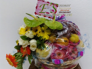 parcel bunga buah untuk hari ibu