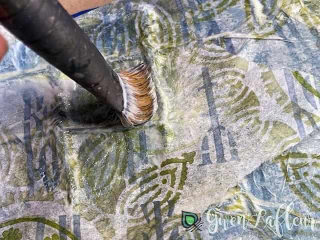 Textural Art Journaling with Stencils - Tutorial Step 3 - Gwen Lafleur