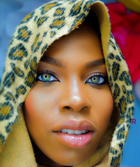 nigerian girl pretty eyeballs