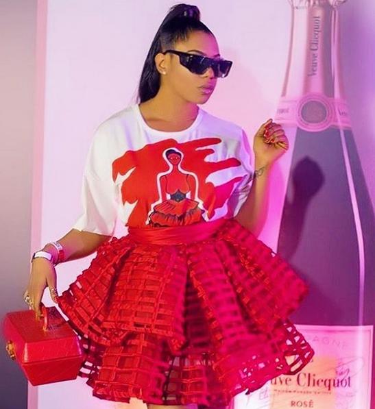Yvonne-Nwosu-bespoke-oversized-T-shirt-dress