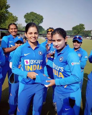 Read about most beautiful Indian Women Cricketer Priya Punia Biography, Photos, Instagram, Debut Match, Family, Stats, Height etc.