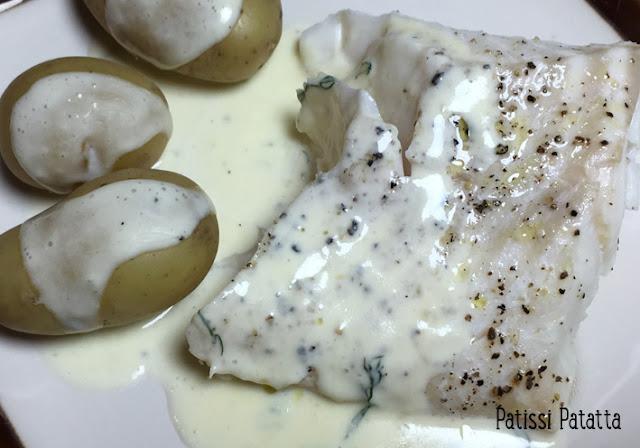 recette de dos de cabillaud à l'aneth, cabillaud à l'aneth, sauce crémeuse à l'aneth, cuire du cabillaud au micro-ondes, cabillaud express, recette simple et rapide, poisson au micro-ondes, sauce pour poissons, poisson, plat principal, patissi-patatta